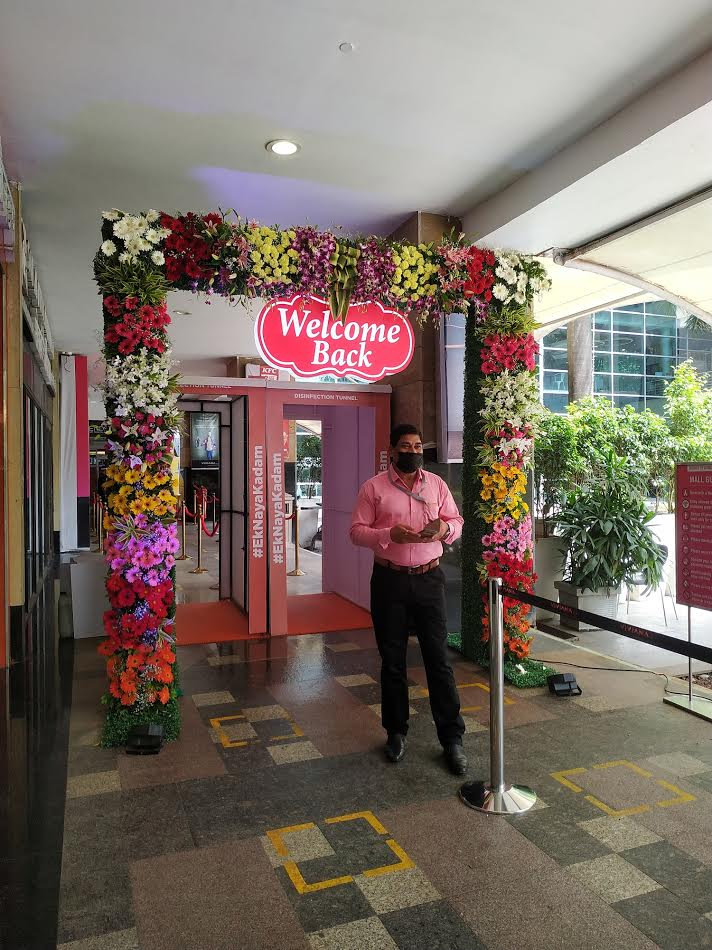Viviana Mall Red Carpet Welcome for guests.