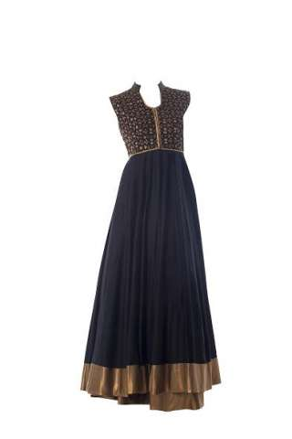 Kashish Infioré offers festive designer wear this Navratri | News
