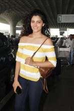 Actress Saiyami Kher wearing Cover Story at Mumbai Airport