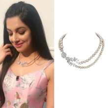 Dazzling Divya Khosla Kumar in Yoube Jewellery