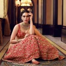 Actress Aditi Rao Hydari, aneffervescent and a versatile style icon featured in KALKI Fashions!