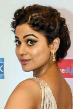 Shamita Shetty spotted donning Diamond and Pearl Earrings by ANMOL